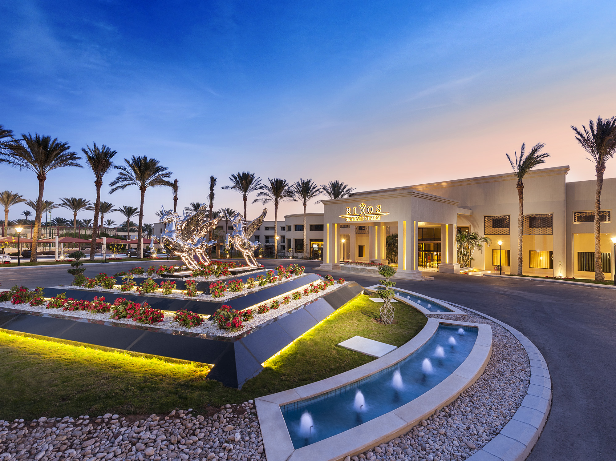 Luxury Lifestyle Awards Praises Rixos Seagate Sharm Resort for Excellence in Service